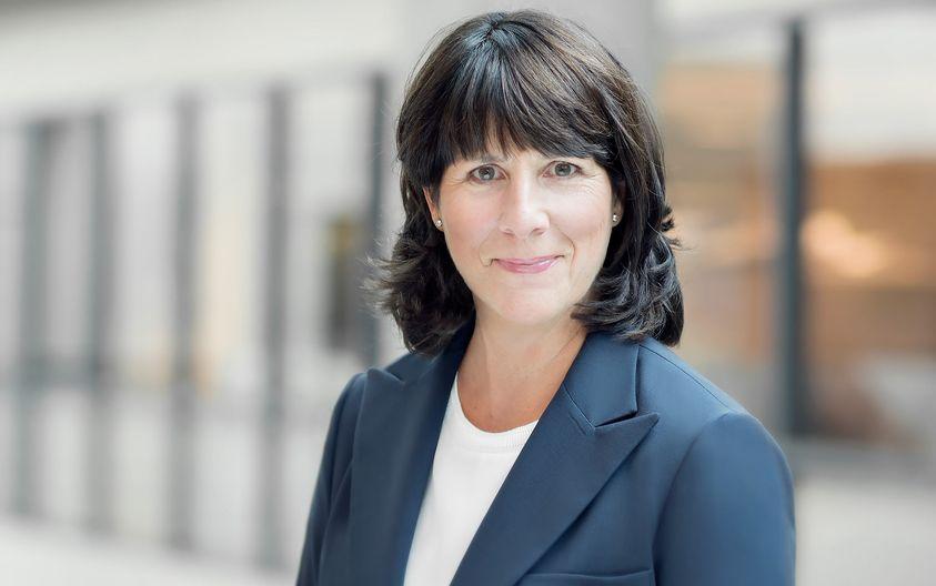 Sophie Brochu exerce les fonctions de présidente directrice générale d'Hydro-Qué…